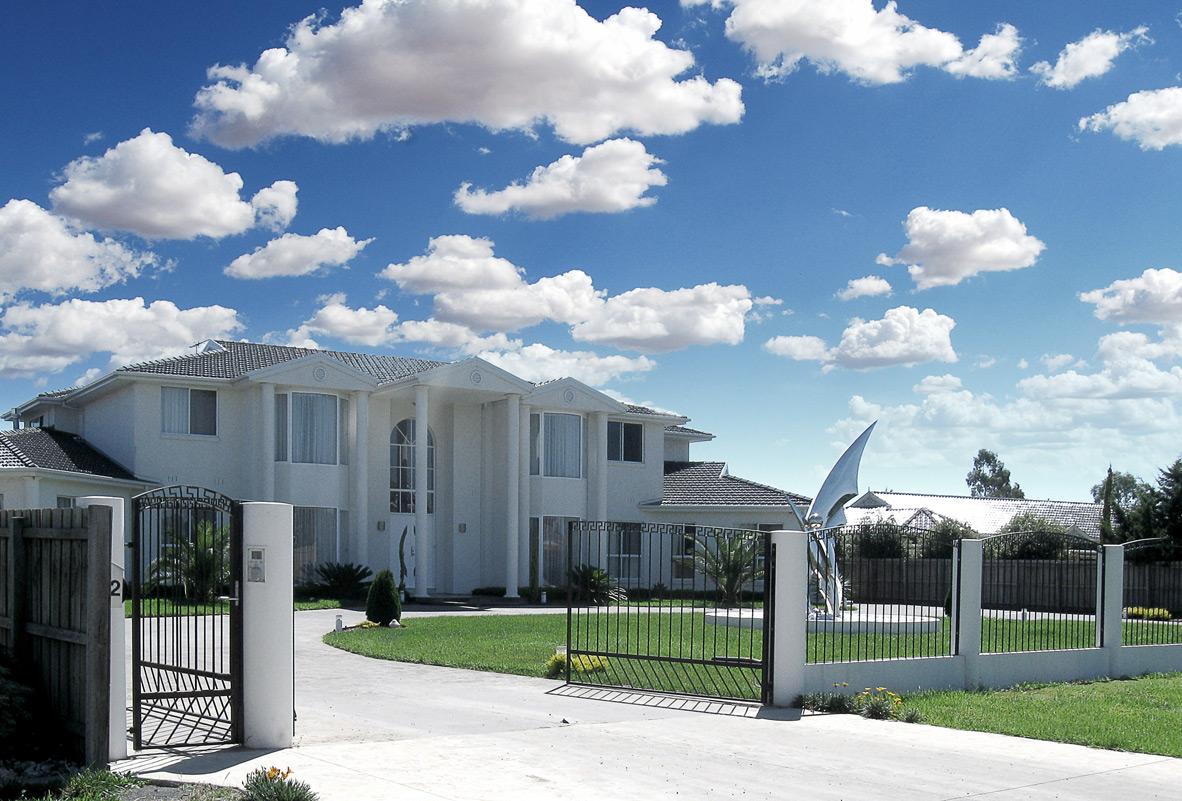luxury homes melbourne